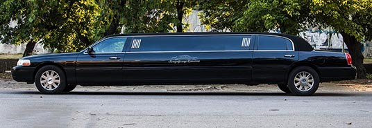 Lincoln Town Car Black Party Limo